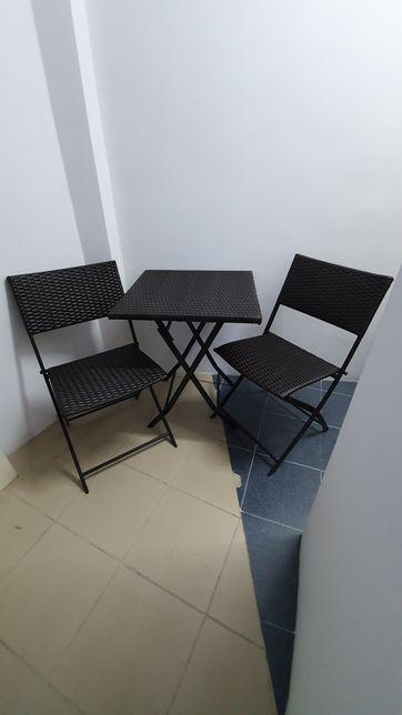 Set masa si doua scaune pliabile