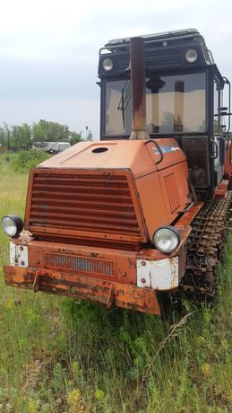 Трактор вт 150 .
