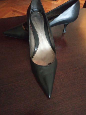 Дамски елегантни кожени обувки