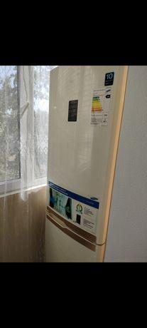Холодильник Samsung, новый двигатель