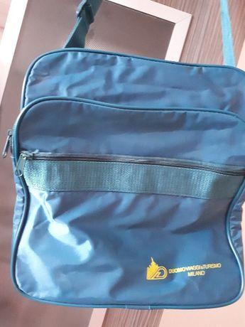 Спортна чанта за път или спорт, синьо-зелен цвят