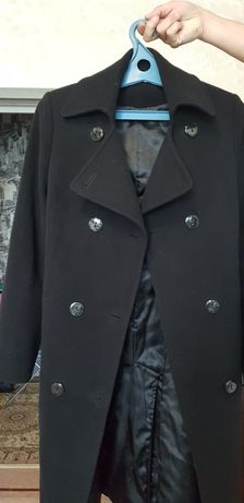 Продам пальто в хорошем состояние