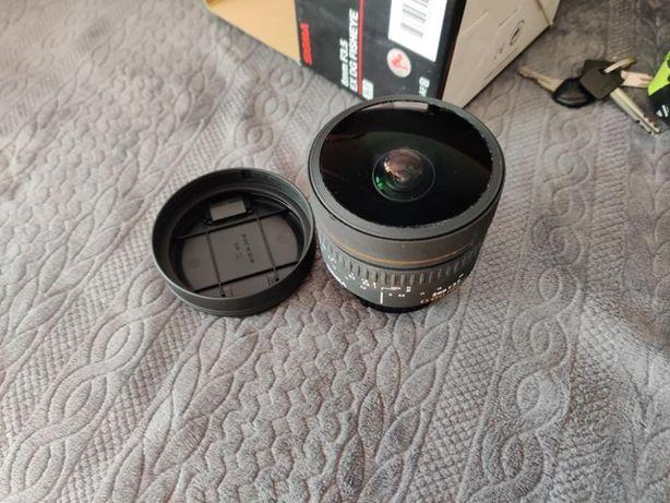 Obiectiv Fisheye Sigma EX DG 8mm F3.5 pentru Nikon