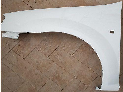 Aripa stanga fata noua pentru Dacia Logan , Logan MCV , VAN alb 369