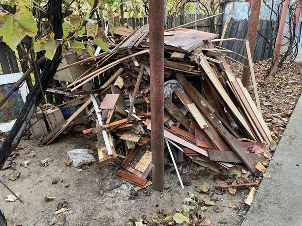 Deseu lemnos din renovari