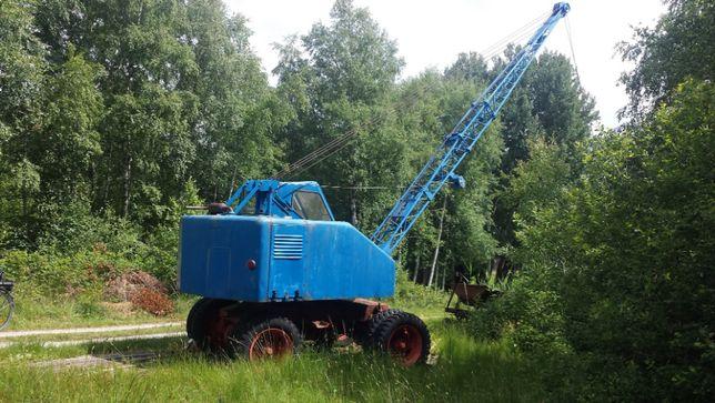Tractor pentru piese