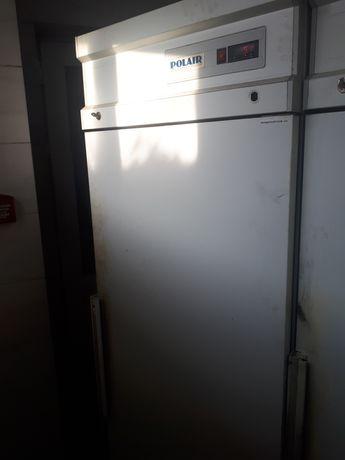 Холодильник для кафе
