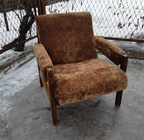Продам одно польское кресло 70х годов