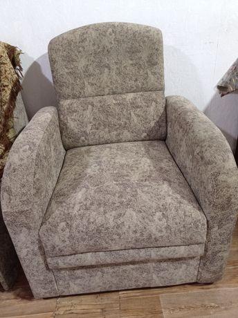 Продам 2- кресло