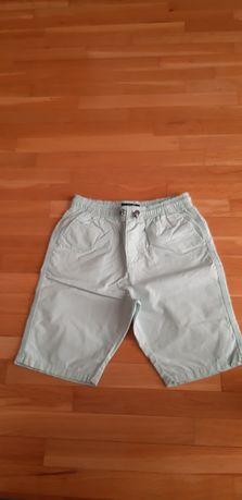 Pantaloni scurti baieti next 10 ani, 140 cm