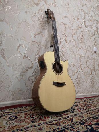 "Электро-акустическая гитара ""Baton Rouge"""