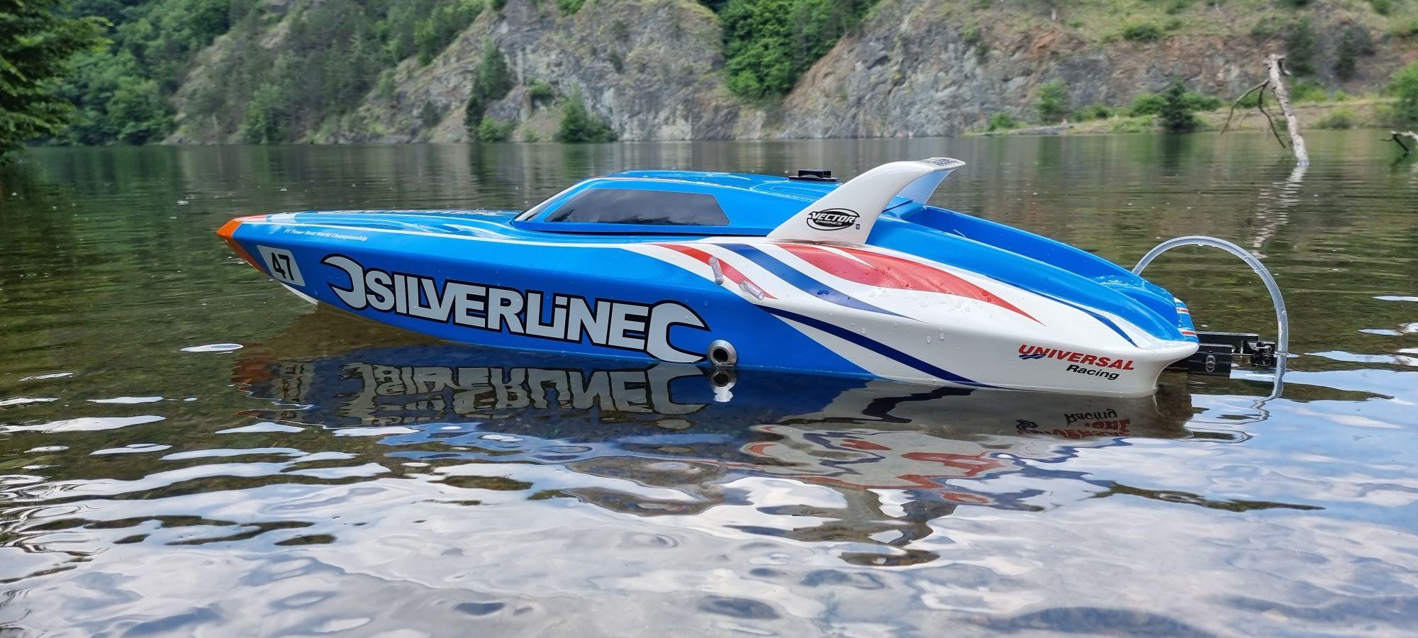 barca benzina cu telecomanda
