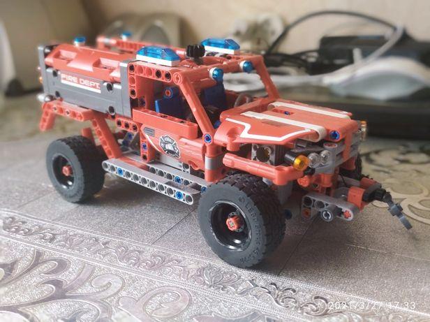 LEGO TECHNIC Набор Служба быстрого реагирования
