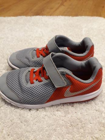 Оригинални маратонки Nike  отлични