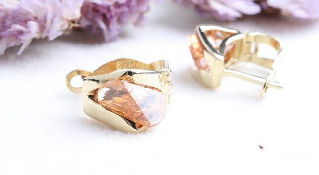 0% Серьги с камнями , золото 585 Россия, вес 5.84 г. «Ломбард Белый»