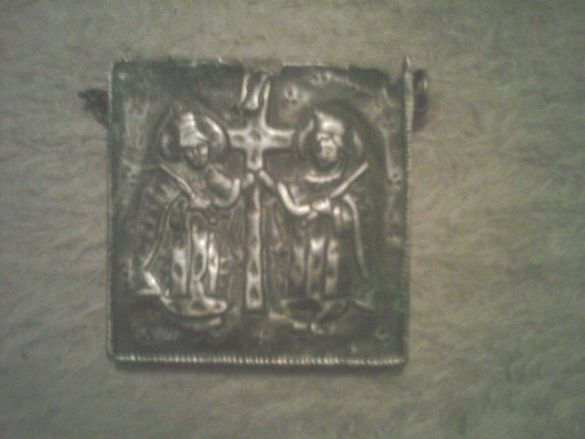 Продавам семейна колекция сребро и бижута