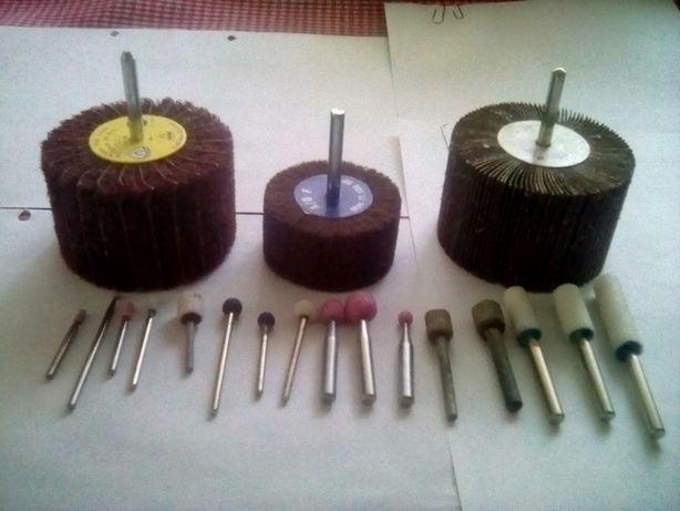 Pietre/perii abrazive biax pentru rectificare inox, metal, plastic.
