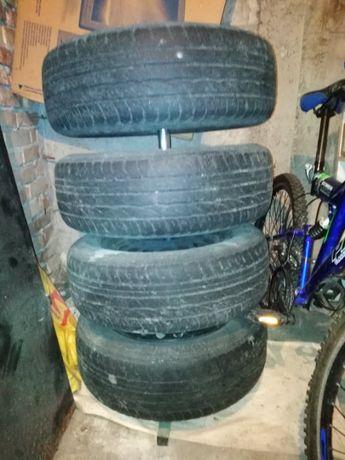 """Продавам 4 бр. стоманени джанти 15"""" за Опел, гумите са със стар DOT!"""
