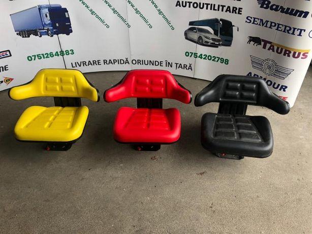 OFERTA scaune noi impermeabile pentru tractoare fendt universal bobcat