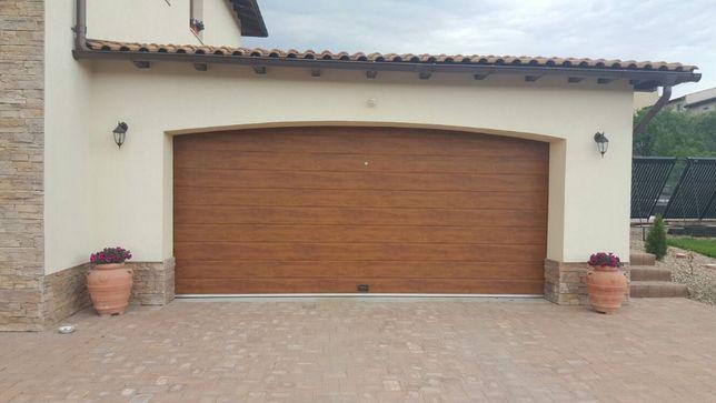 Ușă de garaj secţională 4210L/2870H Stejar, preţ de la 600 euro