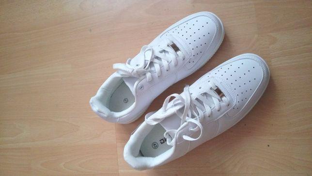 Pantofi Sport unisex albi cu talpa groasa, 43 EU