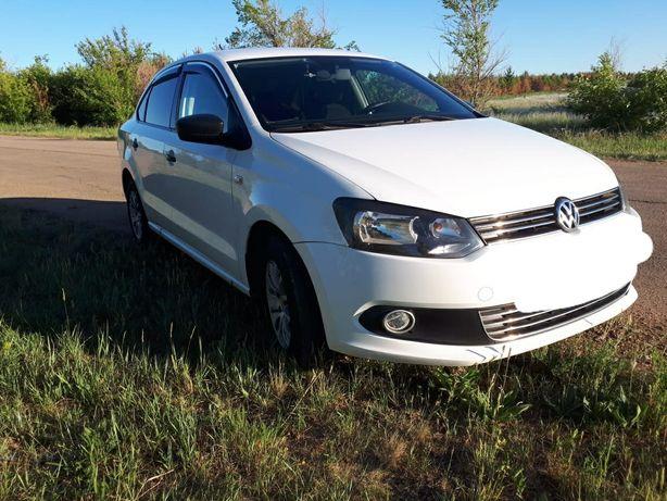 Продам машину Volkswagen polo