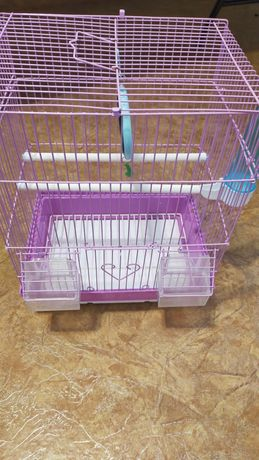 Продам клетку для папугаев