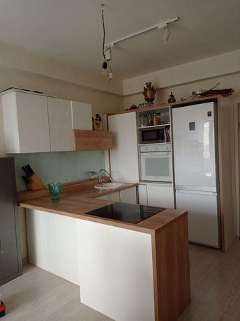 Продам кухонный гарнитур за 250000 тг