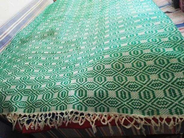 Covertura taraneasca autentica din lana