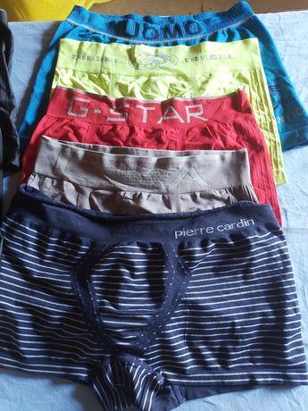 Depozit haine second hand vinde lenjerie intima
