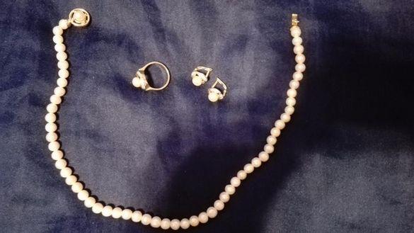 Перлено естествено златно колие,комплект с обеци и пръстен