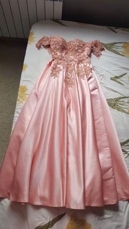 Официална / абитуриентска рокля