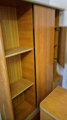Шкафы для дома прихожей