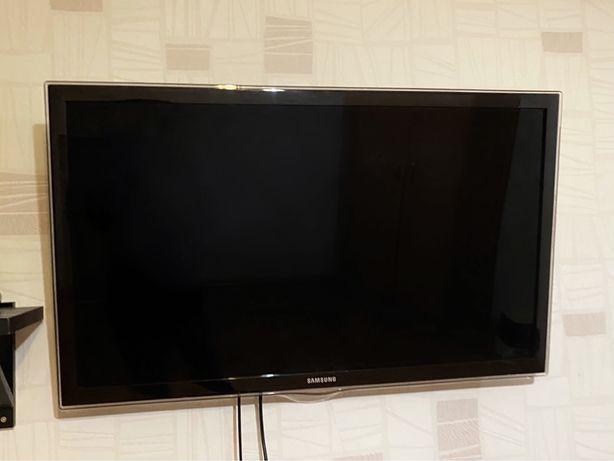 "Телевизор ""Samsung"" Smart TV"