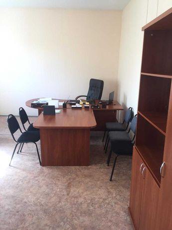 Сдам офисные помещения в р-не центрального рынка по 1500 тенге за 1 м2