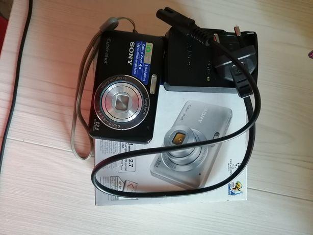 Фотоаппарат продаётся торг