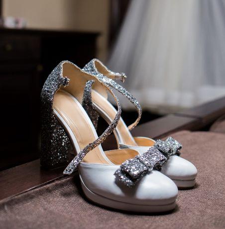 Pantofi mireasă.