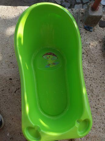 Зелено бебешко корито +подарък