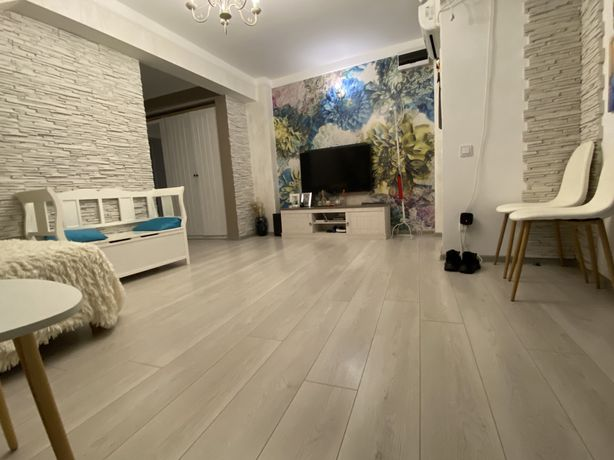 Apartament - 3 Camere