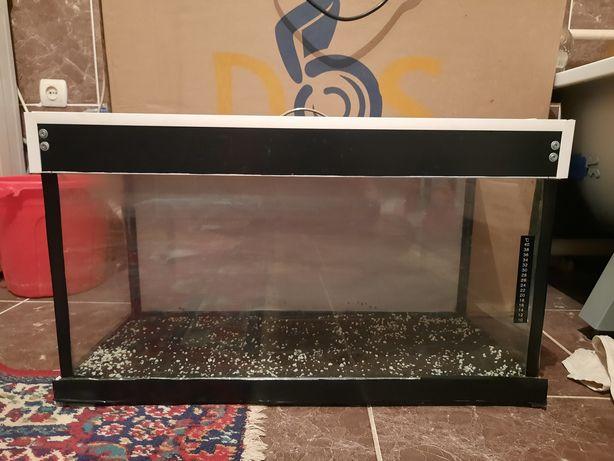 Продам аквариум комплект