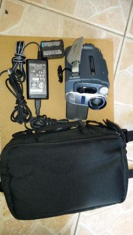 Vand /schimb Camera video digitala SONY DCR- TRV255E