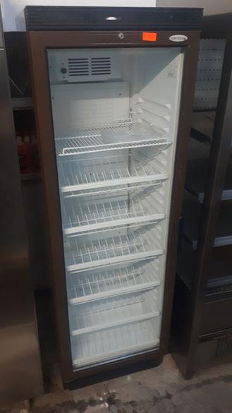 Хладилна витрина за сандвичи