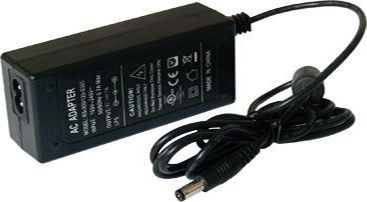 корпус пластмассовый 24 вольта на выходе AC/DC Adapter с разъёмом 5,5
