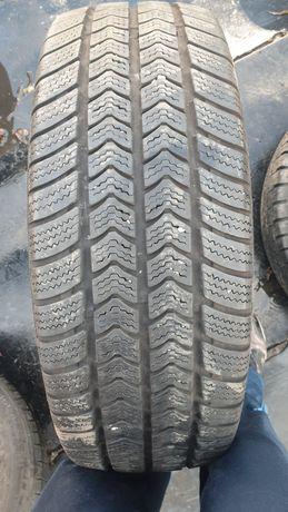 Като нова гума 235 65 16 С дот 18 мишелин