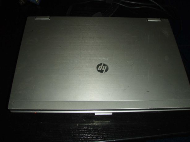Dezmembrez HP Elitebook 8440p i5-560M 2.66Ghz, placa de baza defecta