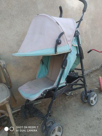 детская коляска.