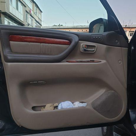Обшивка дверей Lexus lx470