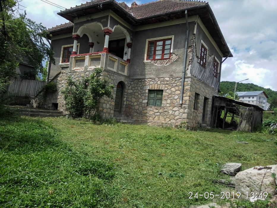 Casa cu teren la 30km de Sinaia