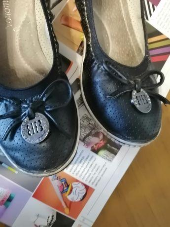 Туфельки для девочек 33 размер