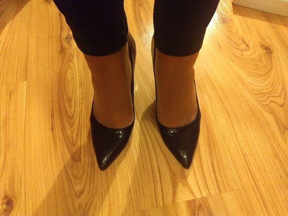 Обувки лак 38